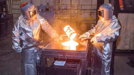 支持美国制造业,苹果奖励玻璃部件供应商康宁2.5亿美元
