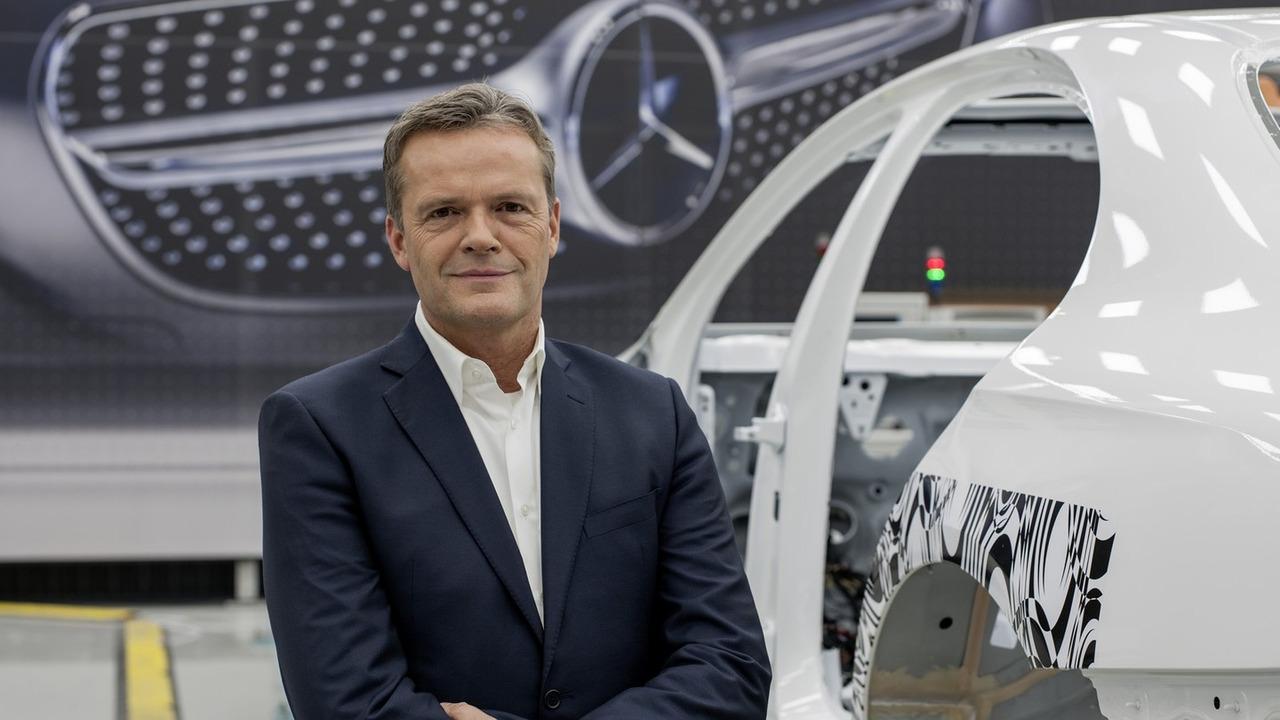 戴姆勒确认停止研发新内燃机 将重点放在电动汽车上