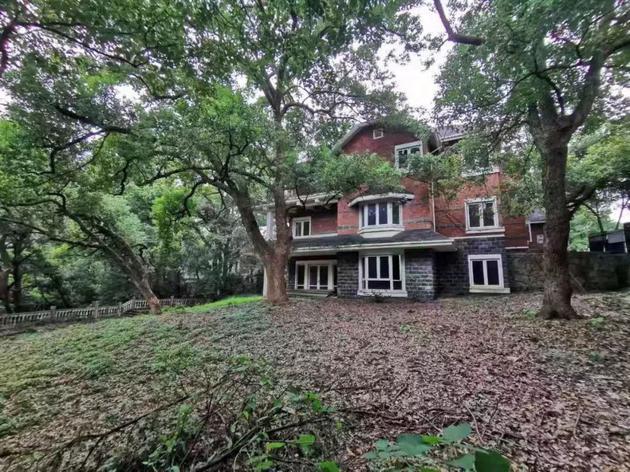 消息!金庸杭州房产挂牌出售 独立别墅带花园卖6800万元
