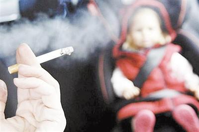 中国疾控中心:二手烟吸入严重危害儿童呼吸健康 你还吸吗?