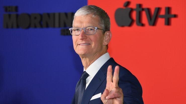 苹果Q4营收640亿美元 库克:iPhone销量改善