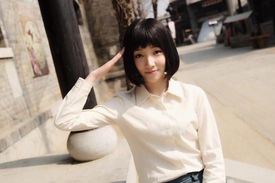 """譚曉凡《光榮時代》收官 演繹""""少女成長記"""""""