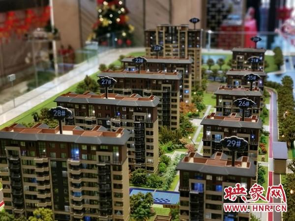 新乡平原新区雍锦王府部分楼盘没有预售证 依然在卖