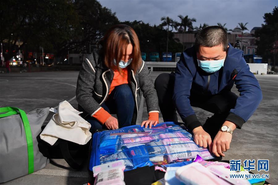这位出征湖北的广东女医生带了半箱纸内裤!为了节约时间