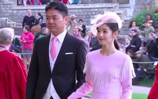 刘强东夫妇向英国捐赠500万只口罩、50台有创呼吸机等