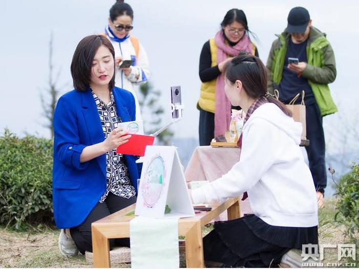 余姚:网红主播团助力乡村旅游复苏 促进经济的发展