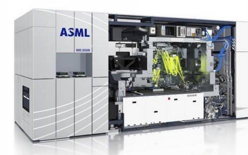 光刻机制造商ASML:疫情中公司订单依然强劲 但仍存不确定性