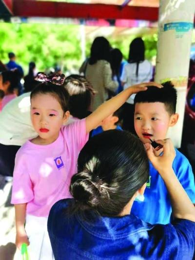 """儿童化妆品行业亟待规范 要""""颜值""""更要安全"""