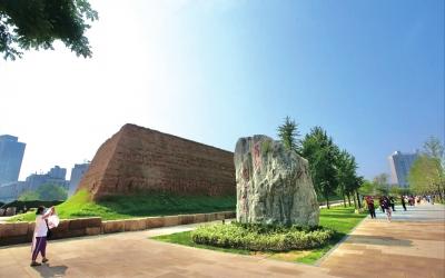 郑州商都国家考古遗址公园正式对公众开放 该遗址距今3600年左右