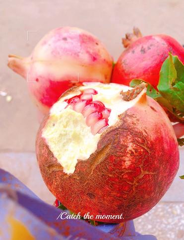 石榴的吃法和技巧 可以做成石榴汁喝